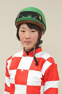 まなみ 永島 JRA注目の女性騎手「まなみん」こと永島まなみ騎手の初騎乗は馬券圏内あと一歩の4着! 競馬界のサラブレッドが見せる意外な素顔とは